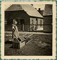 Am Runden Graben 14, Loquard – Ende der 50er Jahre – Zu dieser Zeit war man nicht mehr auf den »Tausch-Tee« angewiesen.