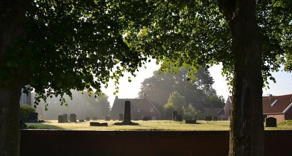 Historischer Friedhof Rysum Krummhörn Ostfriesland