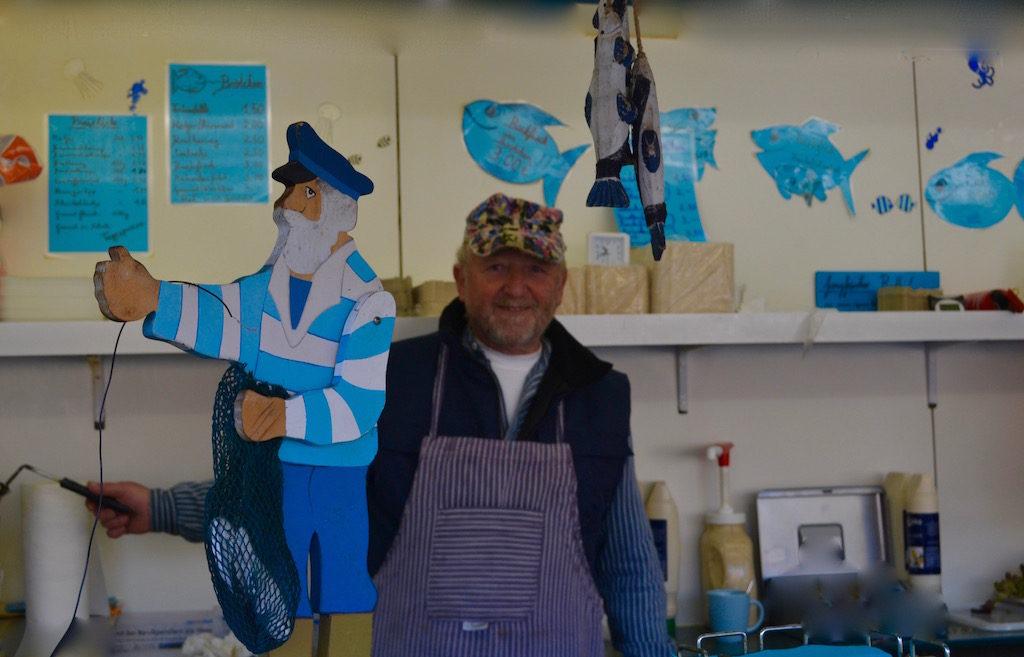 Fritz Tonke aus Rysum ist einer der letzten Reusenfischer an der ostfriesischen Nordseeküste