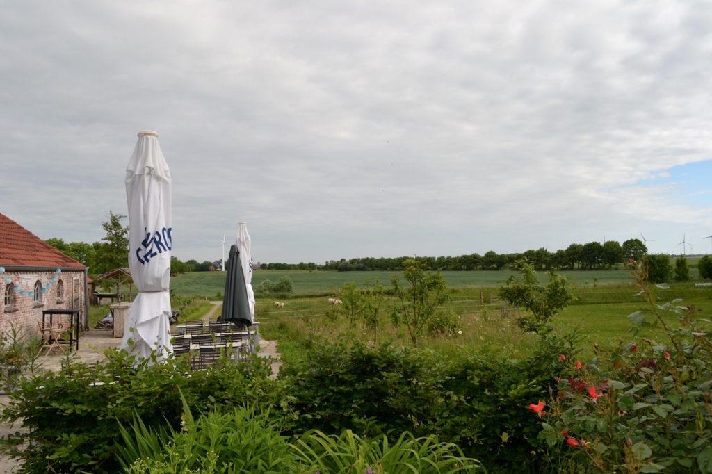 Burgcafe Groothusen Blick Richtung Greetsiel von der Osterburg
