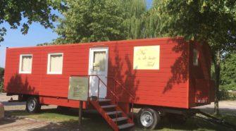 Der mobile Krummhörner Bücherwagen -Nu ist die beste Tied