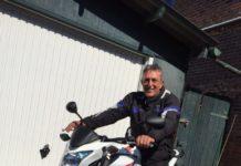 Packie auf der Honda von Christinas Fahrschule Emden