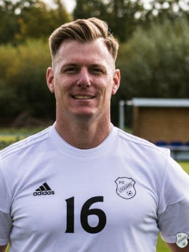 Andreas Albers spielt für die 1.Herren FC Loquard